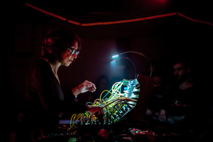 Suzanne Ciani to Livestream Quadraphonic Modular  Synthesis at AES Show Fall 2020 Convention